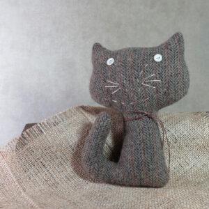handmade by patrice wool cat
