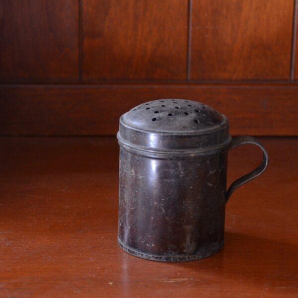 Tin Shaker Back