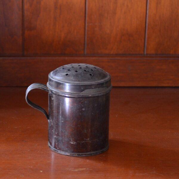 Tin Shaker Front