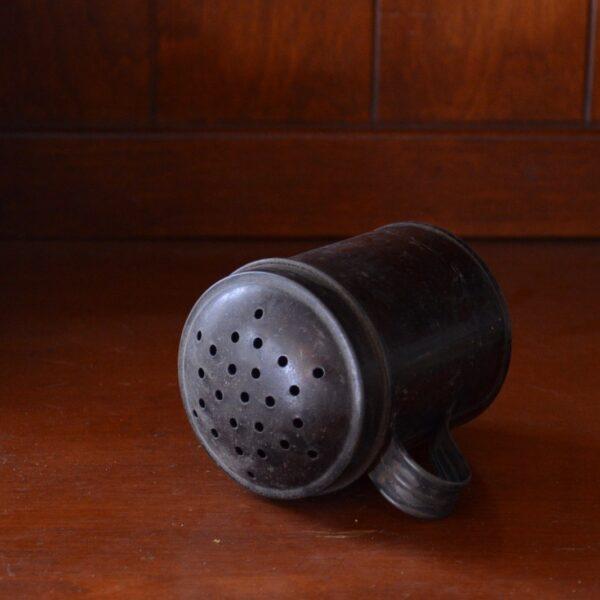 Tin Shaker Side