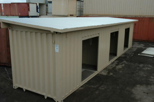 Ministorage with Roof
