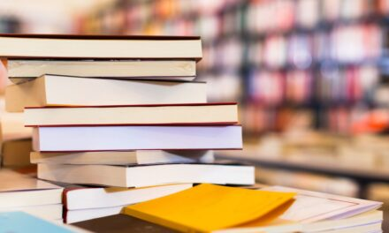 Survey Finds Students Drop Classes, Citing Textbook Expense