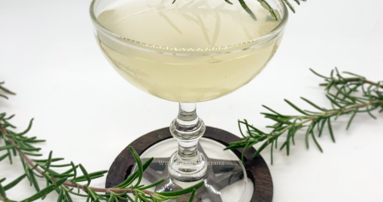 Evergreen Gimlet For New Years