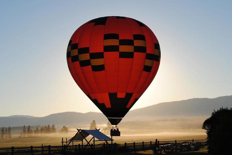 Hot air ballooning on a North America Vacation at The Resort at Paws Up