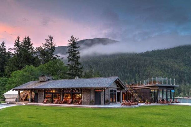 Clayoquot Wilderness Lodge River Oaks Travel