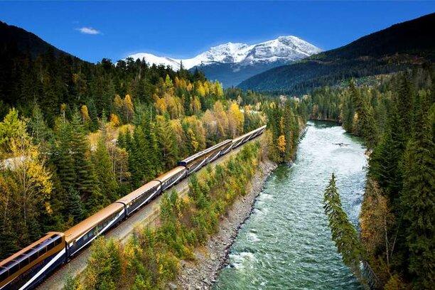 Rocky Mountaineer River Oaks Travel