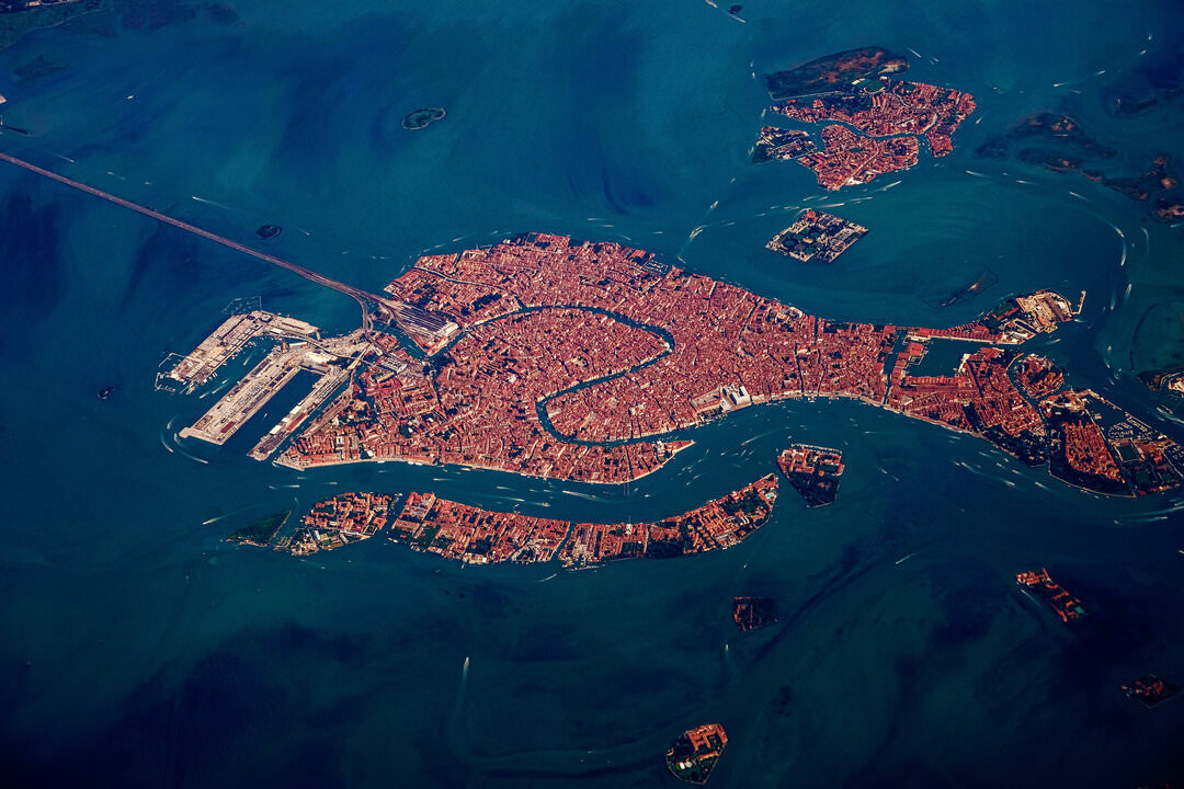 Venice bans Ships River Oaks Travel