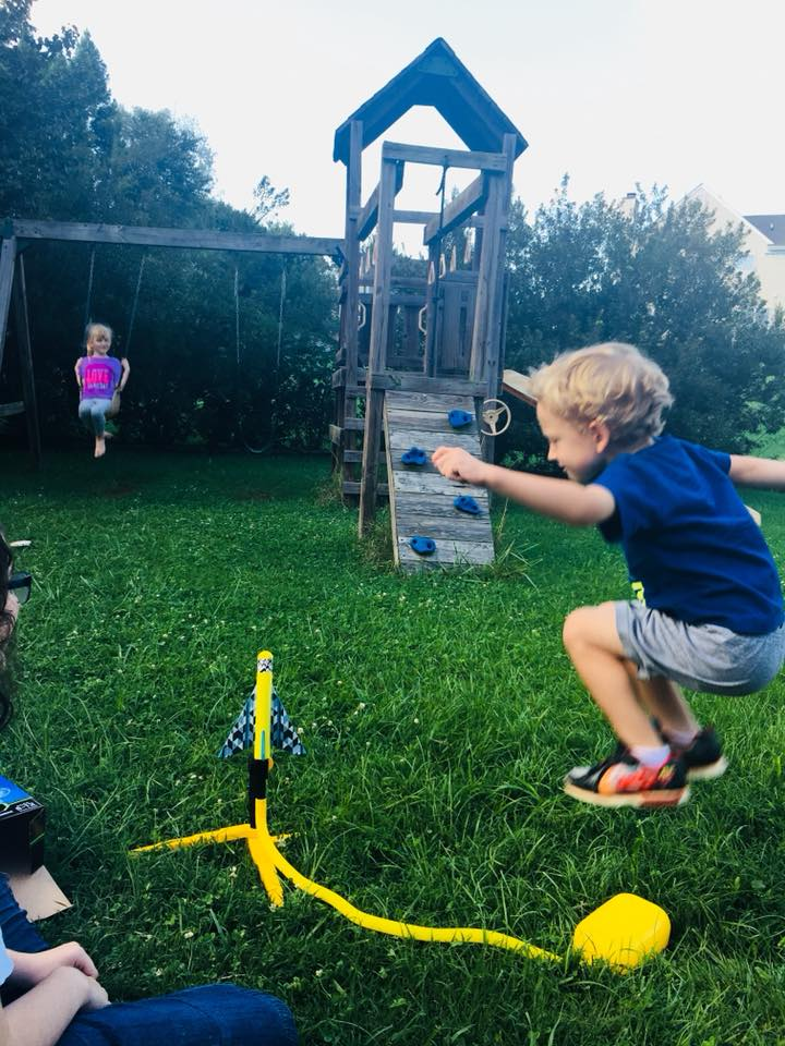Keep Kids Busy This Summer Stomp Rocket 3 Stunt Planes