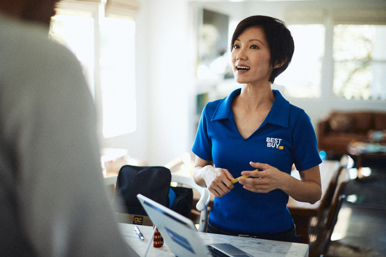 Not So Tech Savvy? Try Best Buy's In-Home Consultation For Free!