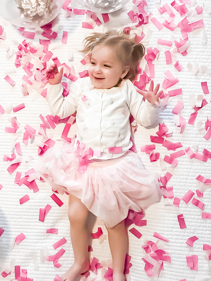 Gender reveals are exciting and fun, especially if older siblings are involved! Let older siblings in on the reveal with one of these ideas!