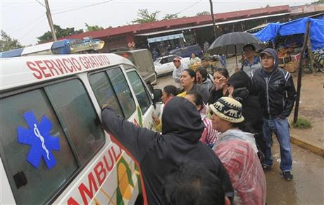 GOVERNMENT: PRISON MELEE LEAVES 30 DEAD IN BOLIVIA