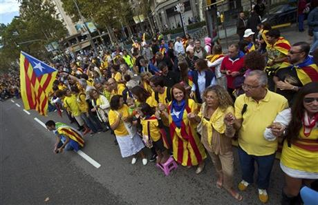 CATALANS FORM HUGE HUMAN CHAIN FOR INDEPENDENCE