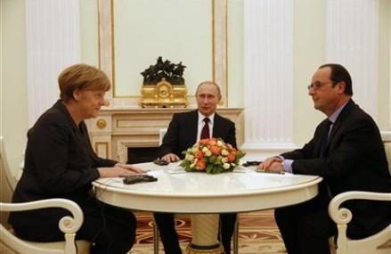 Merkel, Obama, try to bridge differences on arms to Ukraine