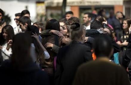 Spain: Student armed with crossbow, machete kills teacher