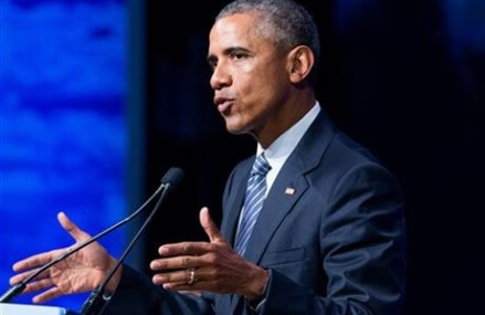 Marking Labor Day, Obama extends contractors paid sick leave