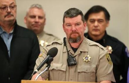 3 more arrested as Bundy urges refuge occupiers to leave