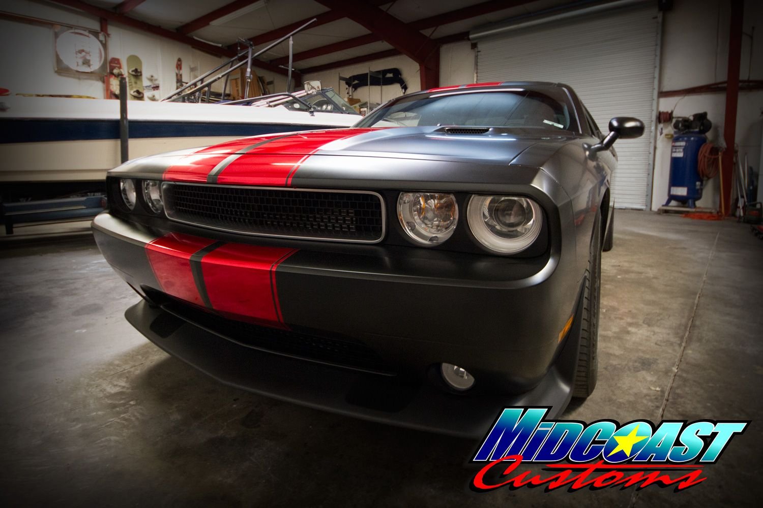 dodge-srt-racing-stripes