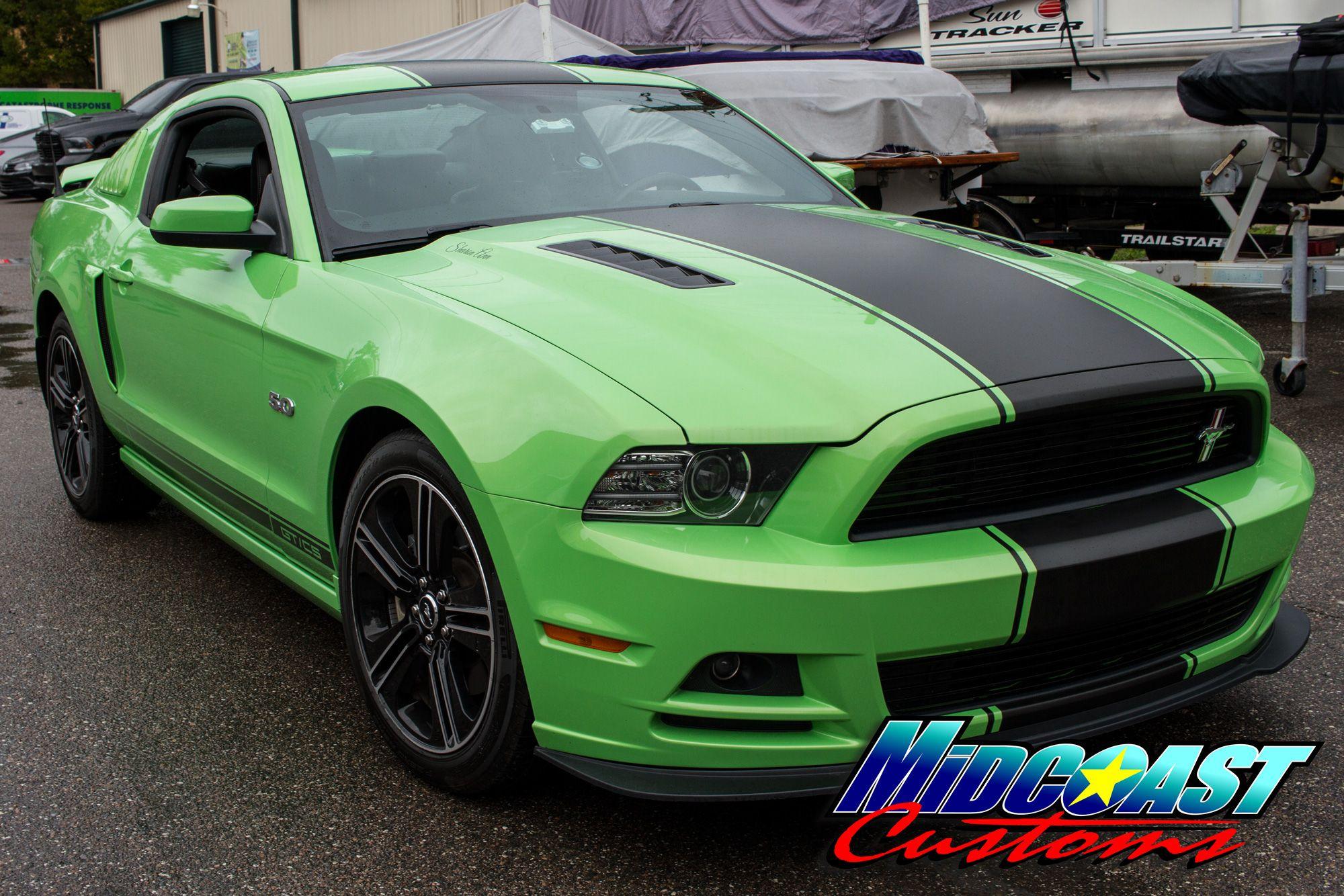mustang-vinyl-racing-stripes