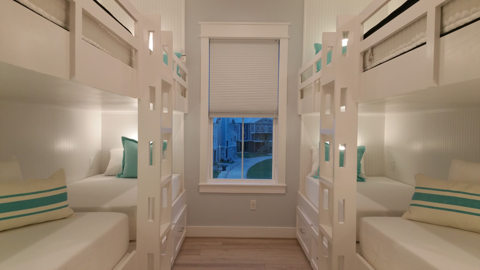 Bedroom 3:   4 sets of custom-made bunk beds with 8 x-long twin