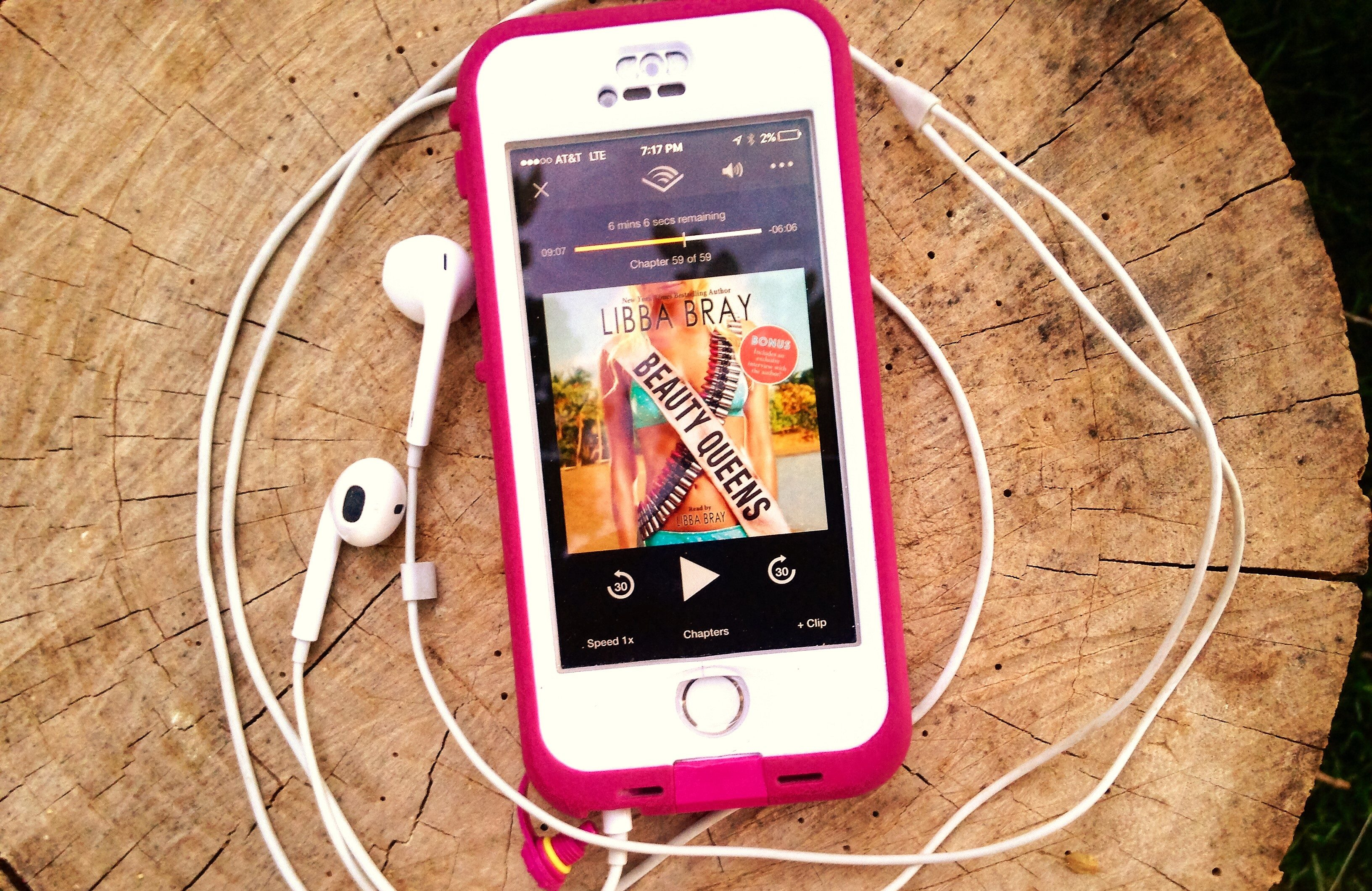 Audiobook Review: Beauty Queens by Libba Bray