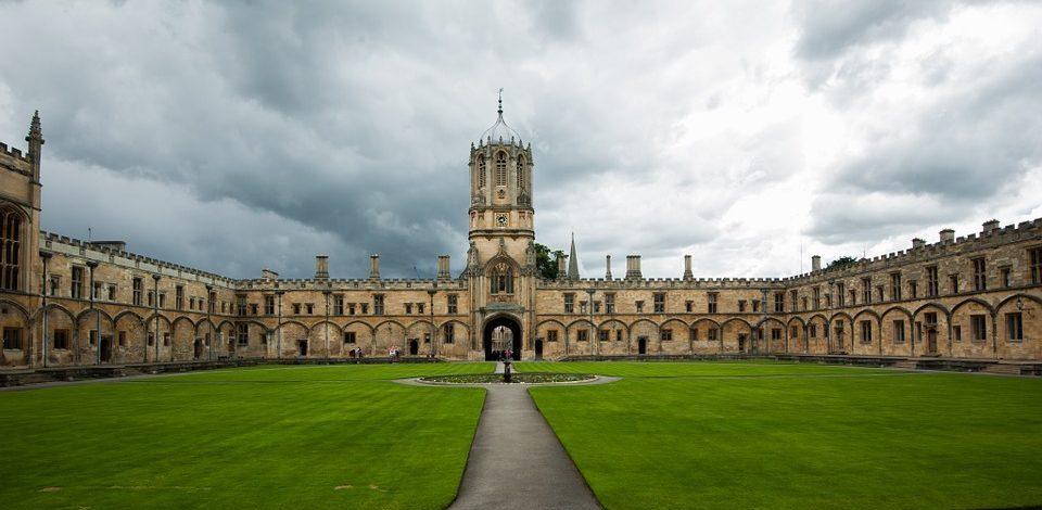 Oxford: A Literary Wonderland