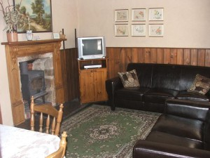 scholar loungeroom