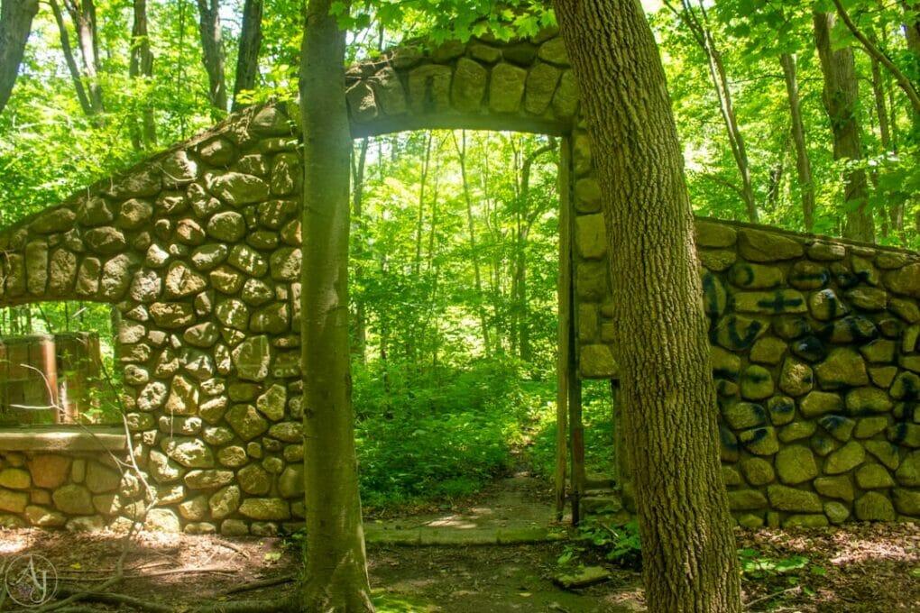 Ruin in Notch Trail Hudson River