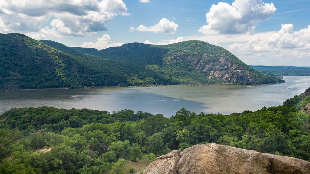 Best nature photos of Bull Hill in Hudson Valley