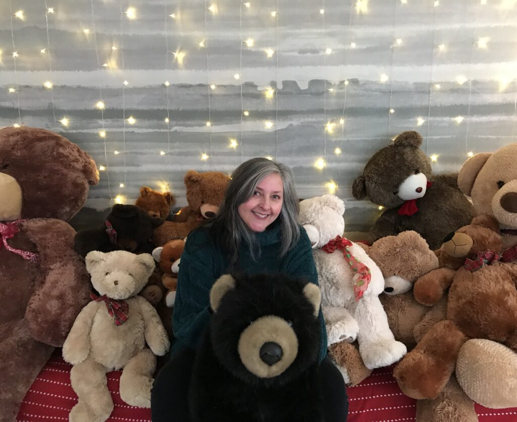 Holiday Photos With The Bears - A Special Addition To The Martha's Vineyard Teddy Bear Suite MVY Radio Personality Laurel Redington Loves the Teddy Bear Suite