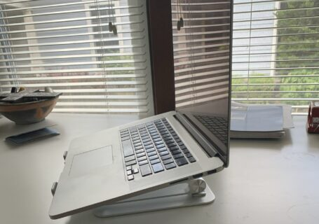 picture of the laptop stand with the computer