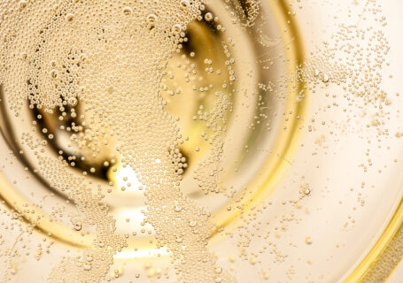 prosecco-bubbles close up