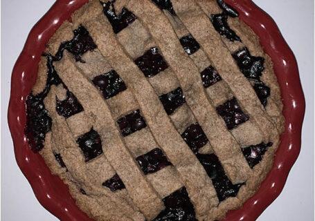 blueberry pie with cinnamon lattice crust