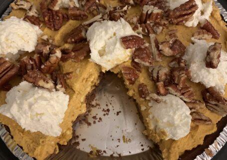 Thanksgiving-no-bake-pumpkin-pie