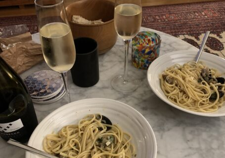 Weeknight Dinner: Linguine with Clams