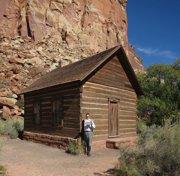 The Stow Independent traveled with Greg and Mary Ellen Troxel to a historic one-room schoolhouse in Fruita, Utah, at Capitol Reef National Park. In Utah, 1896 counts as an old building. Fruita is known for orchards, including apples.