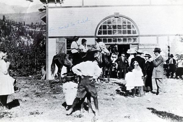 Horse Racing in Golden, BC