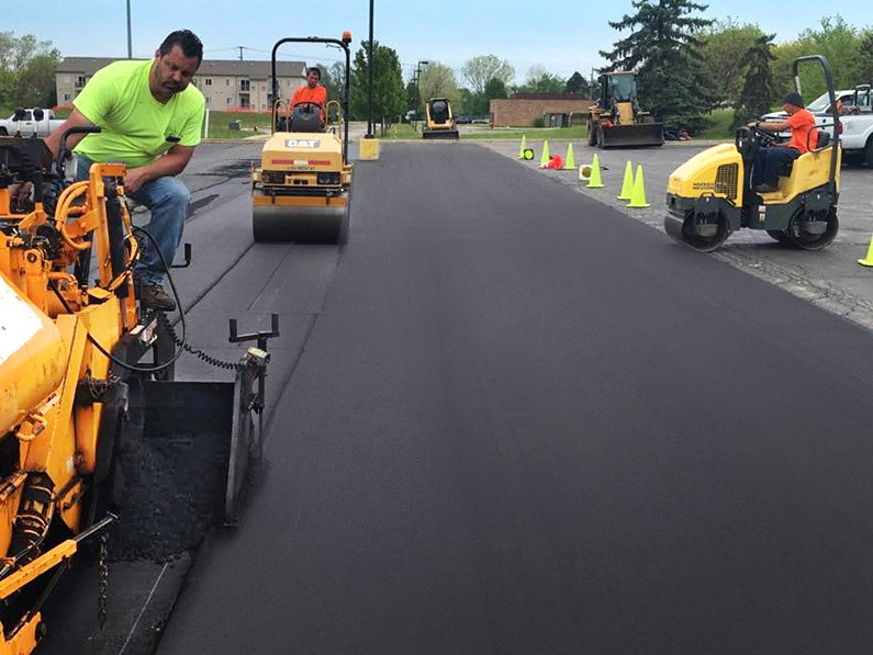D and J Asphalt_Install and Repair_parking lot