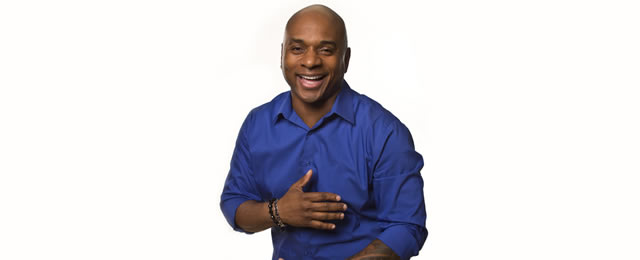 Tony-Roberts-at-the-Comedy-House