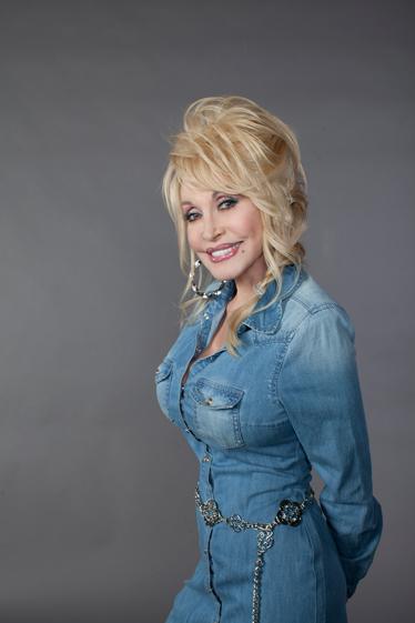 Dolly-Parton-CountryMusicRocks.net-