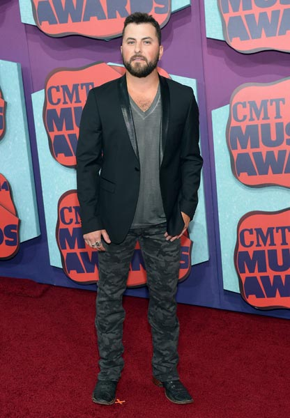Tyler Farr CMT Awards Photo Credit Michael Loccisano Getty Images - CountryMusicRocks.net