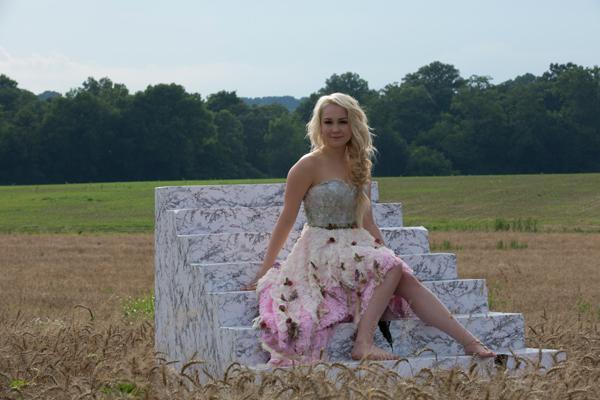 RaeLynn-God-Made-Girls-Video---CountryMusicRocks.net