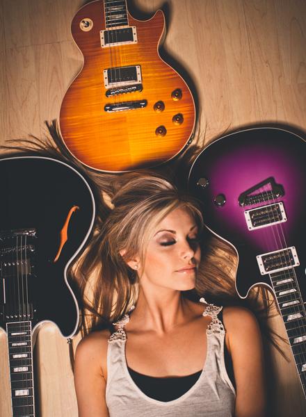 Lindsay-Ell---CountryMusicRocks.net