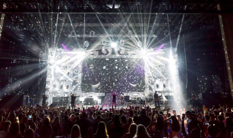 Miranda Lambert Platinum Tour - CountryMusicRocks.net