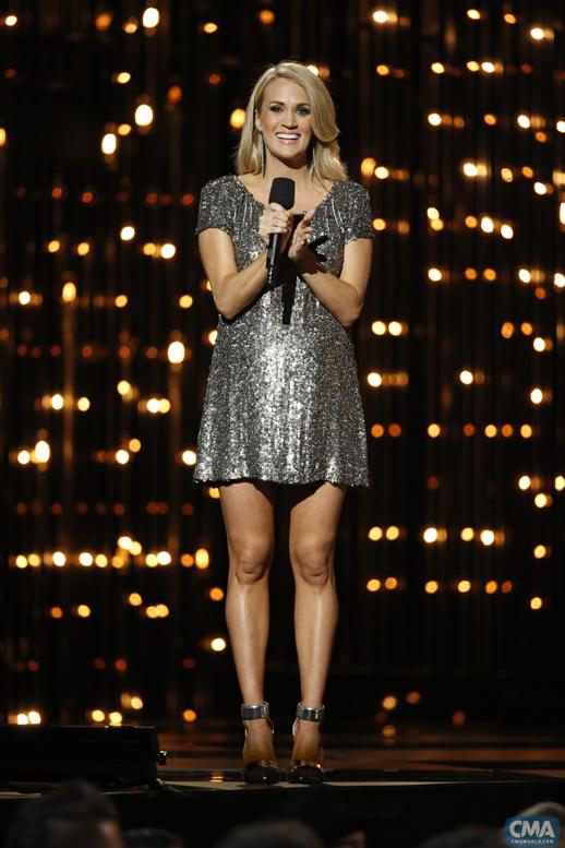 Carrie-Underwood-2014-CMA-Awards---CountryMusicRocks.net