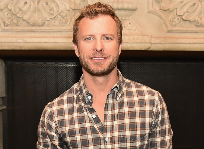 Dierks-Bentley- Photo Credit Theo Wargo:Getty Images-CountryMusicRocks.net