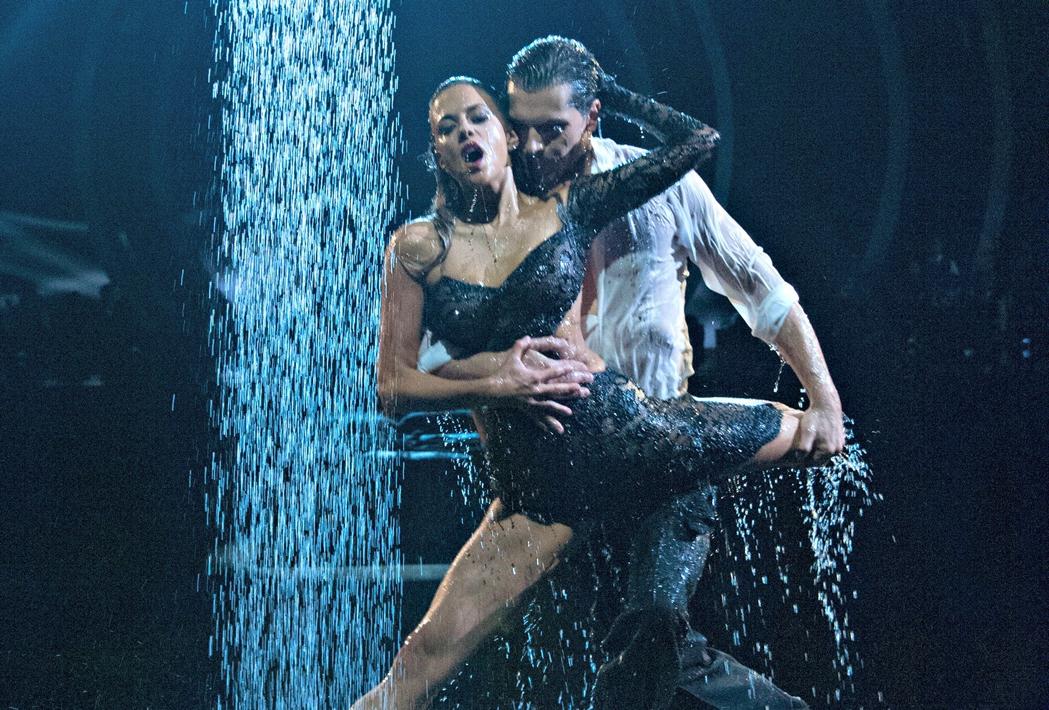 Jana Kramer Week 6 Dancing With The Stars