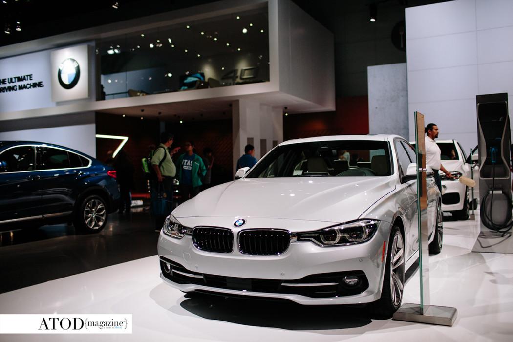 BMW330e 02
