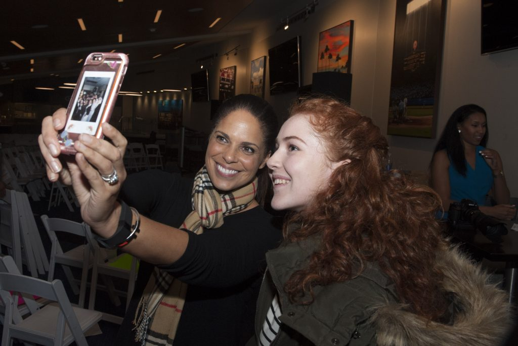 Soledad OBrien and a student take a selfie during PowHERful LA 2016