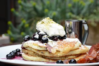 The Raymond 1886 Pistacchio and Blueberry Pancakes