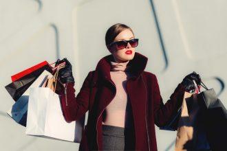 Woman Shopping HamzaButt 1000